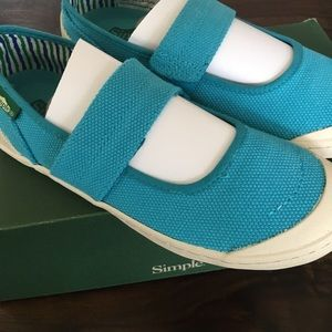 Simple Shoes - NEW Simple brand shoes in cactus blue size 6